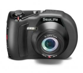 Underwater amateur camera equipment think