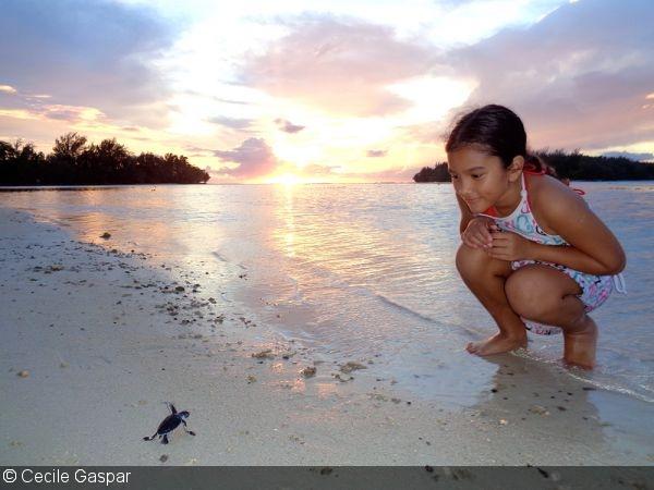 Главный призер конкурса фотографии Всемирного дня океанов Сесиль Гаспар (Французская Полинезия)