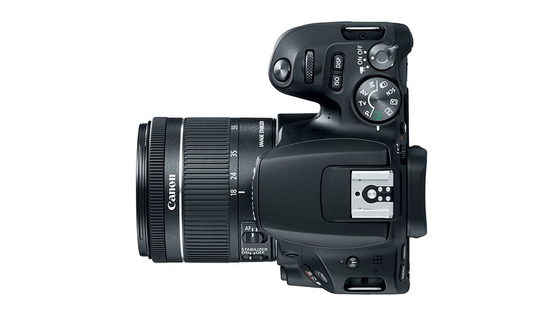 Canon launches EOS 200D camera