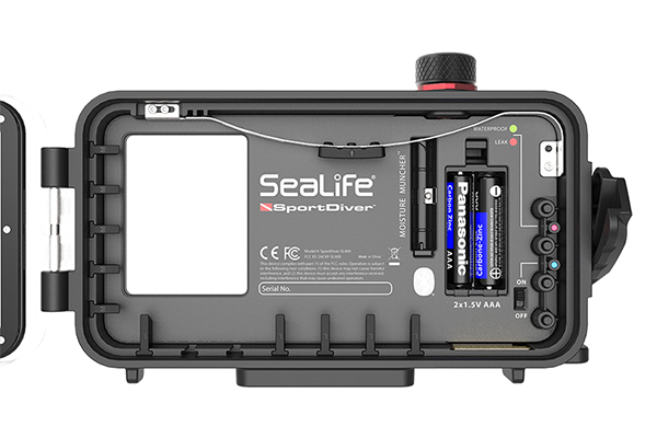 1602496367 - SeaLife Publicizes SportDiver Underwater Housing for iPhone