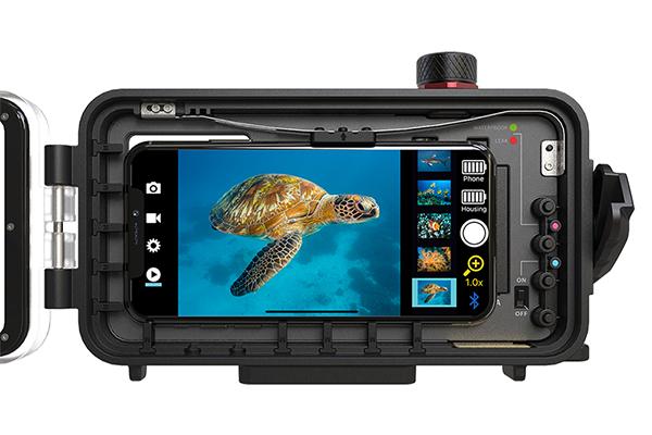 1602496387 - SeaLife Publicizes SportDiver Underwater Housing for iPhone