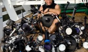 "Photographer Stephen Frink Named ""Diver of the Year"""