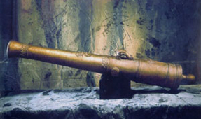 Diver Jailed for Plundering Historical Shipwreck Cannons