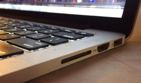 "Apple Removes ""Cumbersome"" SD Card Slot from Macbook"