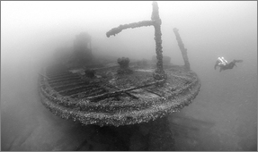 Amazing Wreck Images Shot by Becky Kagan Schott with the Sony a6500 in Fantasea Housing