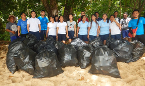 Siladen Resort Ushers in Earth Day with a Beach Cleanup and Baby Turtles