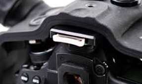 Aquatica Announces Optical Flash Trigger for Canon 5D Series
